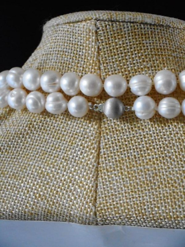 Pearl necklace of white baroque cultured - 2