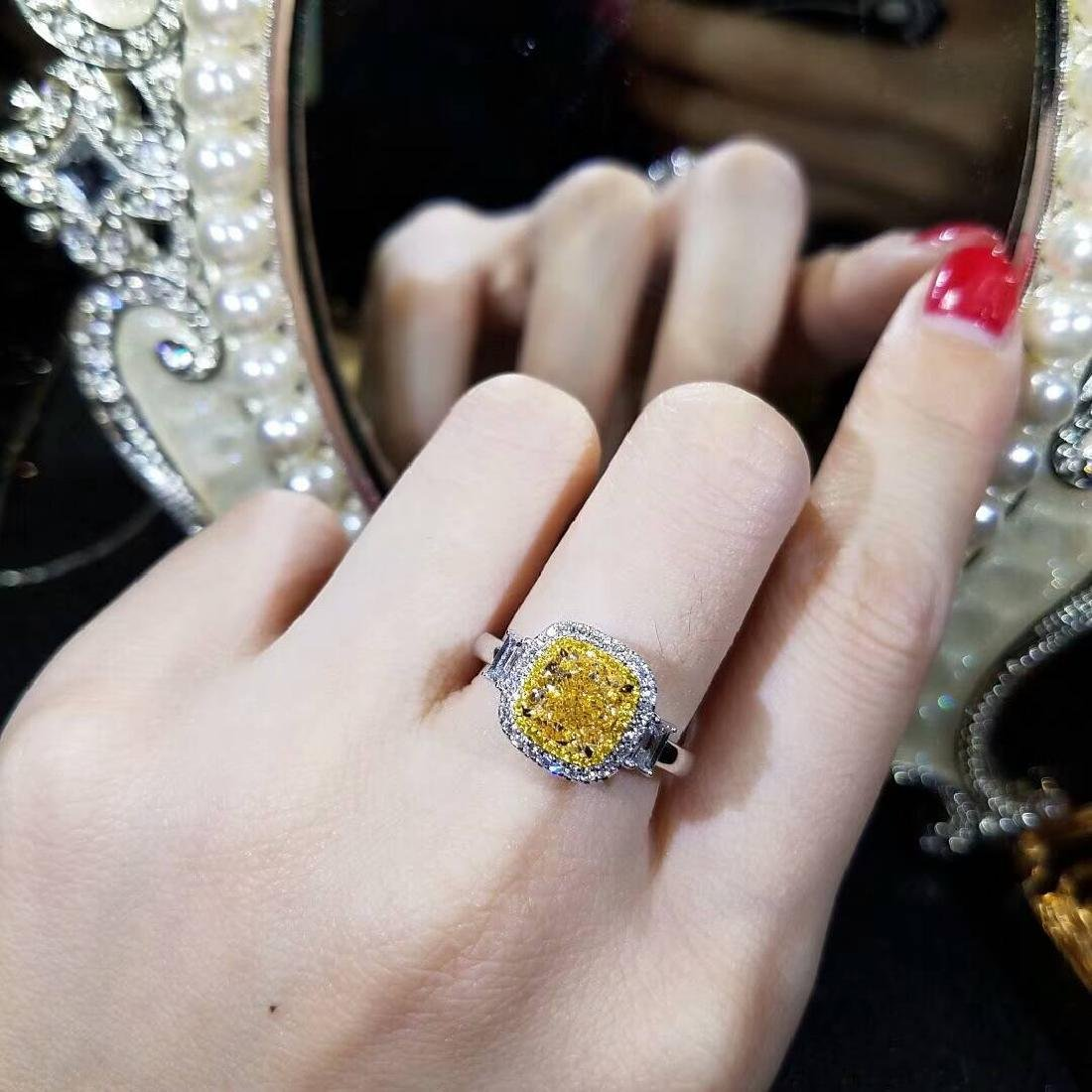 2.01 CTW Yellow Diamond & VS Diamond Ring 18K - 3