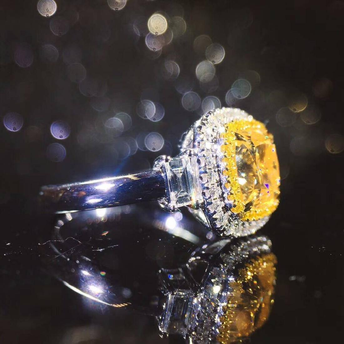 2.01 CTW Yellow Diamond & VS Diamond Ring 18K - 4