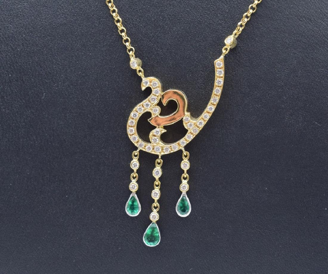 18 carat yellow gold necklace with diamond and emerald - 2