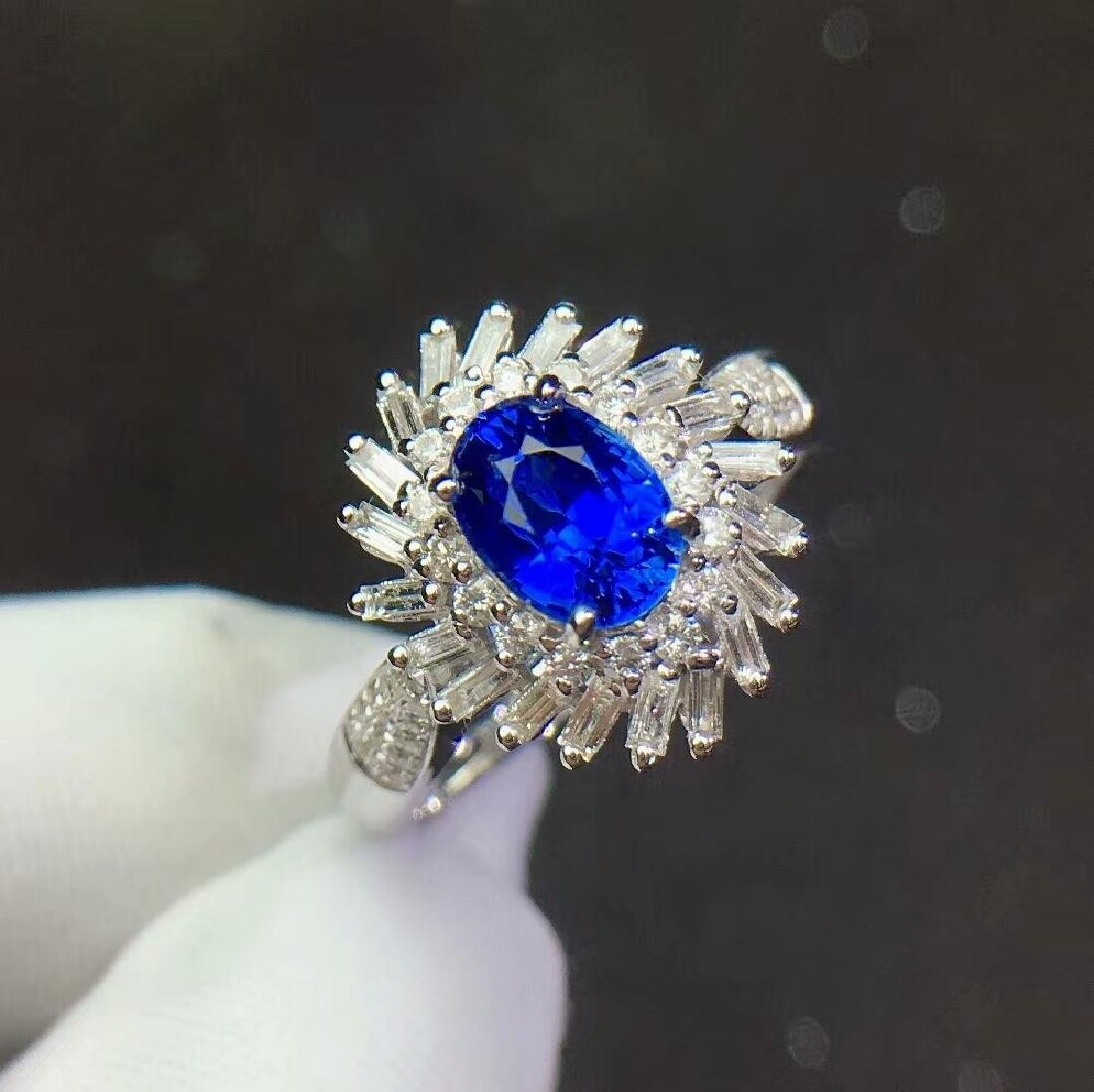 1.3ct Sapphire Ring in 18kt White Gold - 2