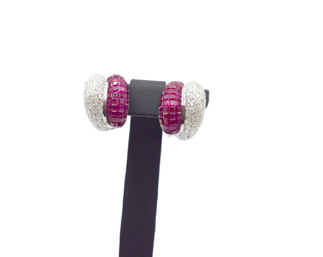 18 carat white gold a pair of Earring with diamond and - 8