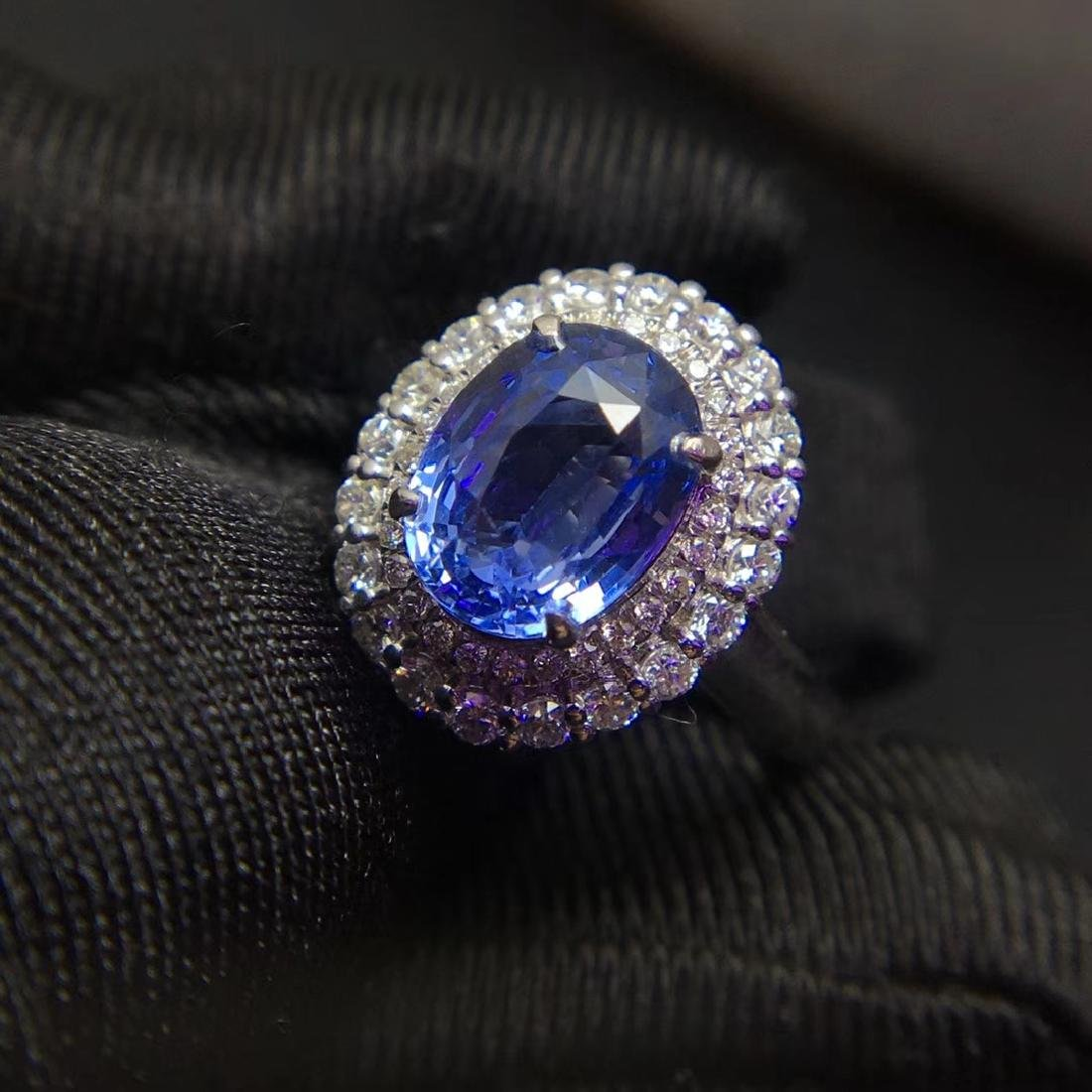 2.59ct Sapphire Ring in 18kt White Gold - 5
