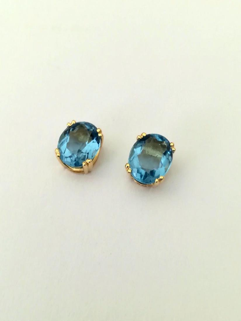 Earrings gold 19.2 carats With Topaz 10x8mm - 4 grams - 7