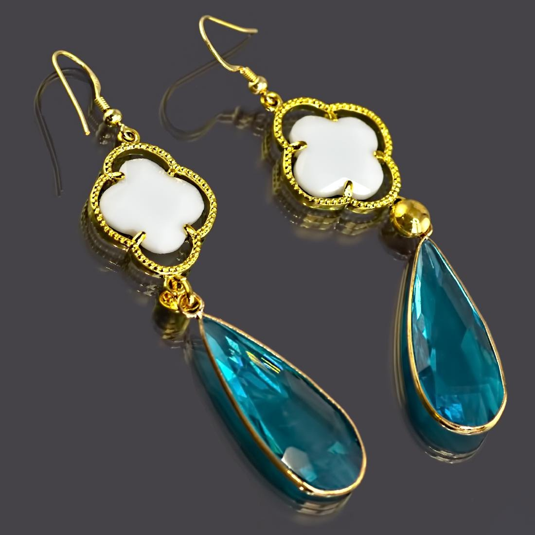Long Drop Blue and White Earrings - 4
