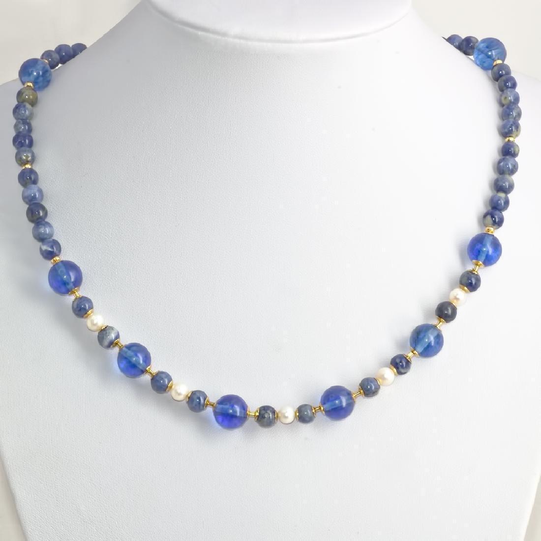 Sodalite and Capri quartz necklace with Pearls