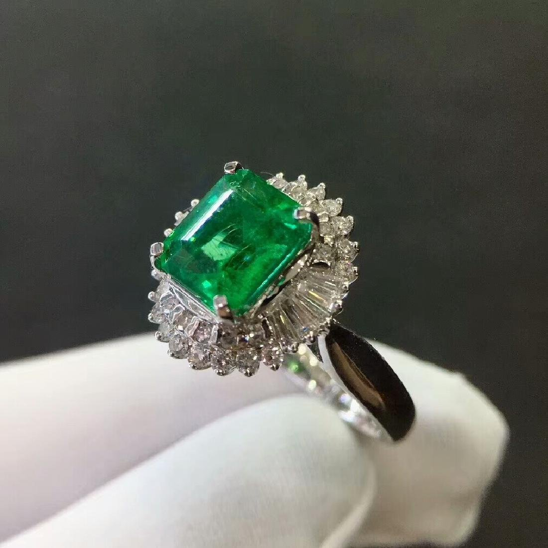 2.7ct Emerald Ring in 18kt white Gold - 6