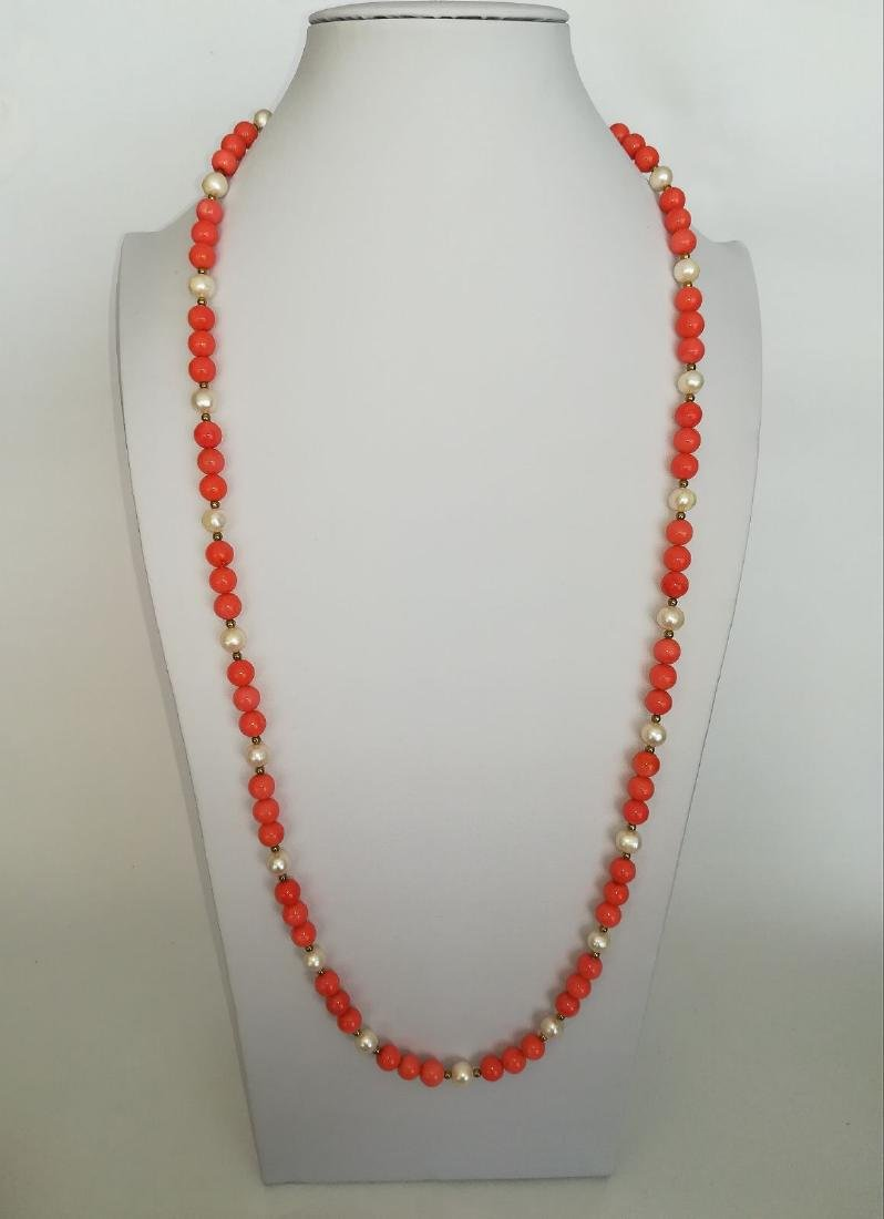 19,2 kt - Pink coral necklace 8 mm + Australian pearl 8 - 10