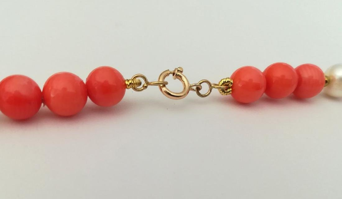 19,2 kt - Pink coral necklace 8 mm + Australian pearl 8 - 9