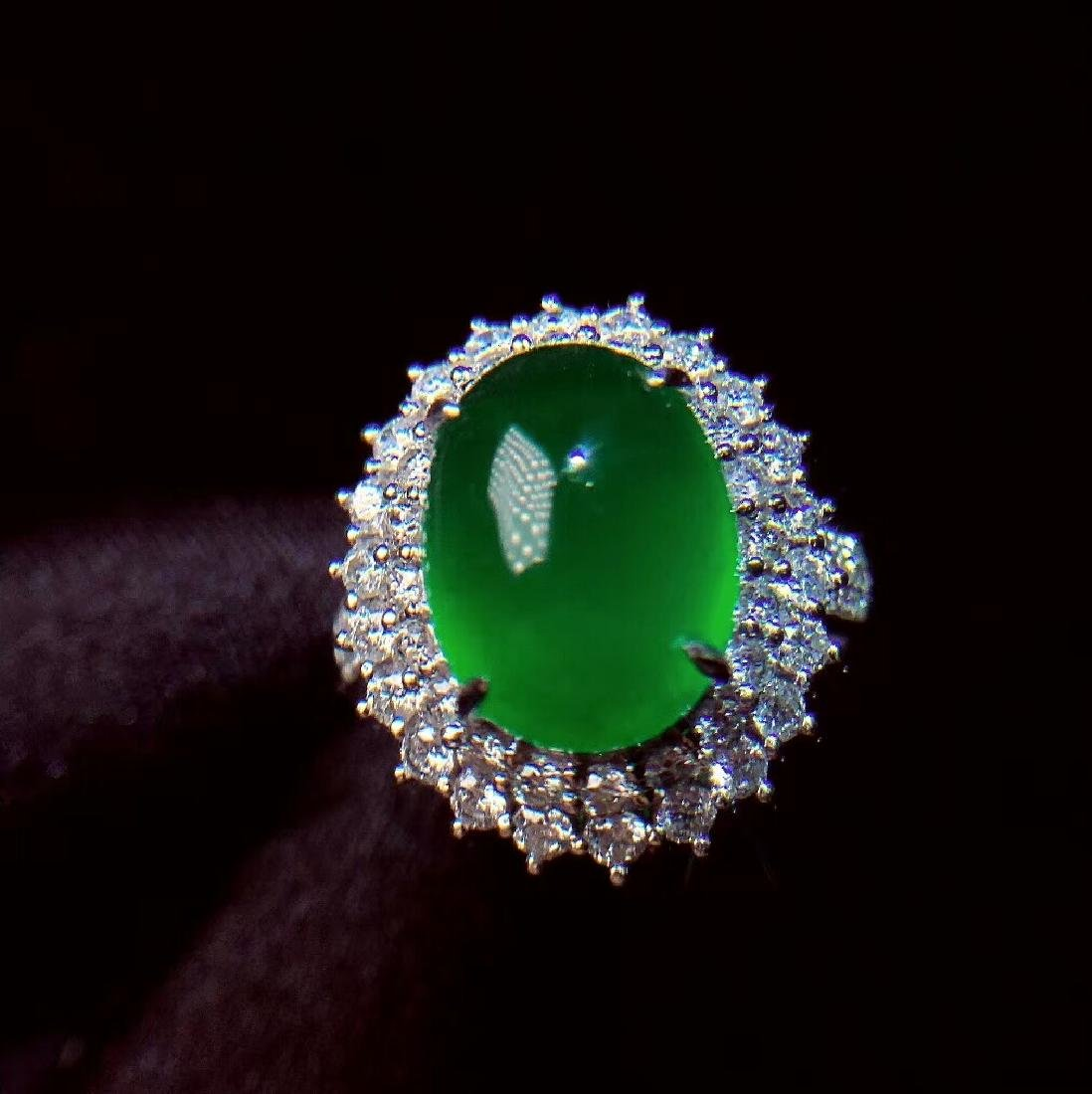 7.6ct Emerald Ring in 18kt White Gold