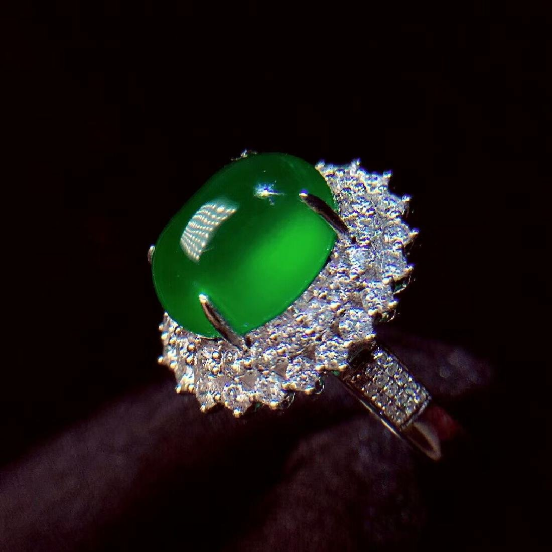 7.6ct Emerald Ring in 18kt White Gold - 5
