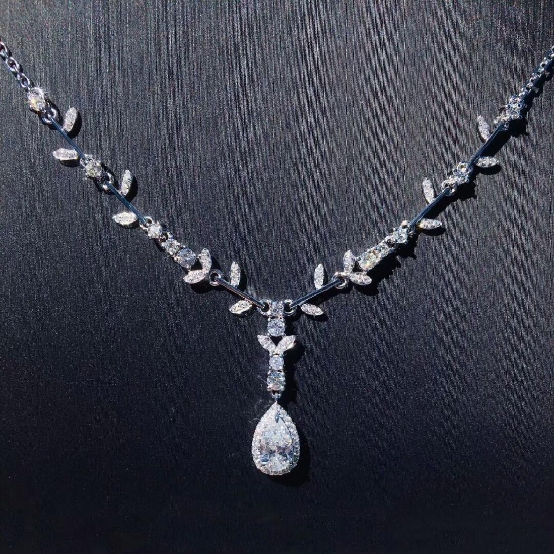 0.5 CTW Diamond & VS Diamond Necklace 18K
