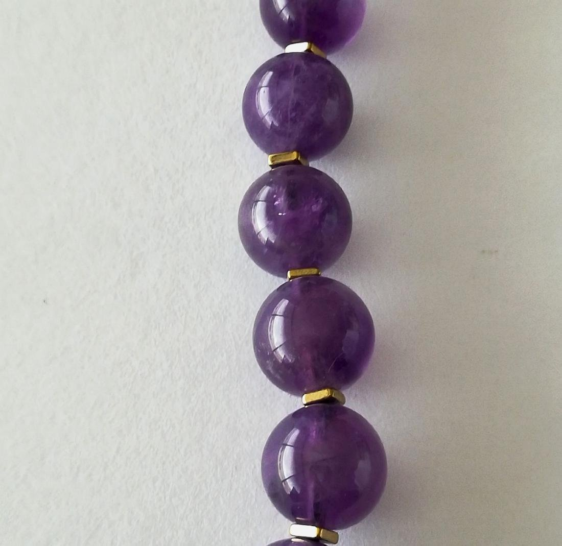 19.2kt – 10mm amethyst necklace – Gold hoop clasp - 3