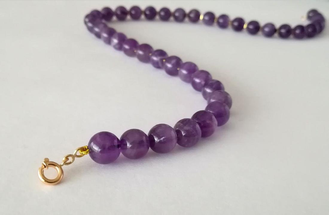 19.2kt – 10mm amethyst necklace – Gold hoop clasp - 4