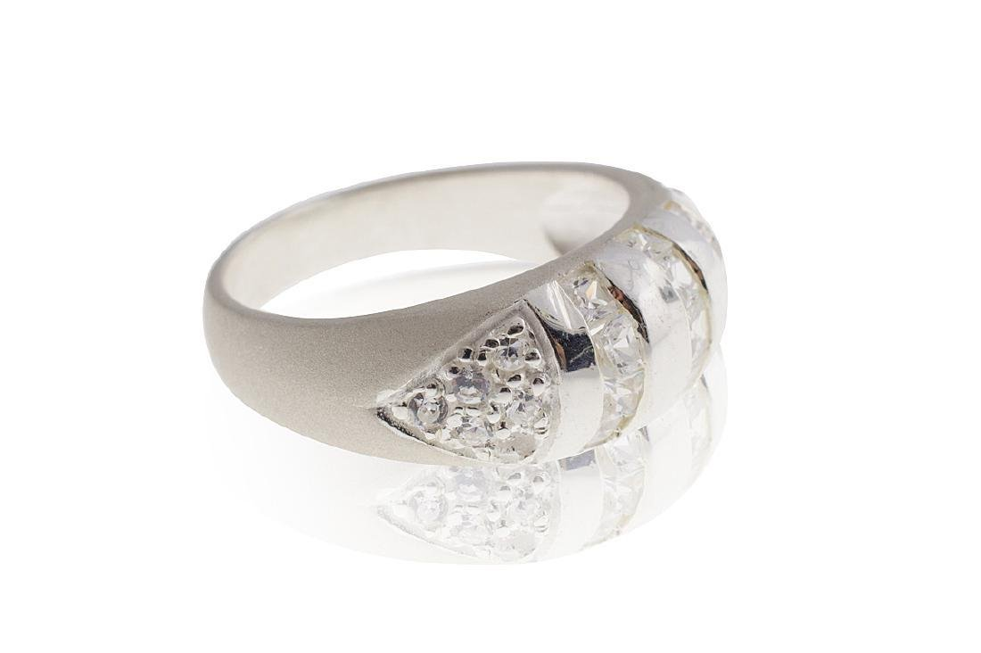 .925 Sterling Silver & Cubic Zirconia Ring - No Reserve - 3