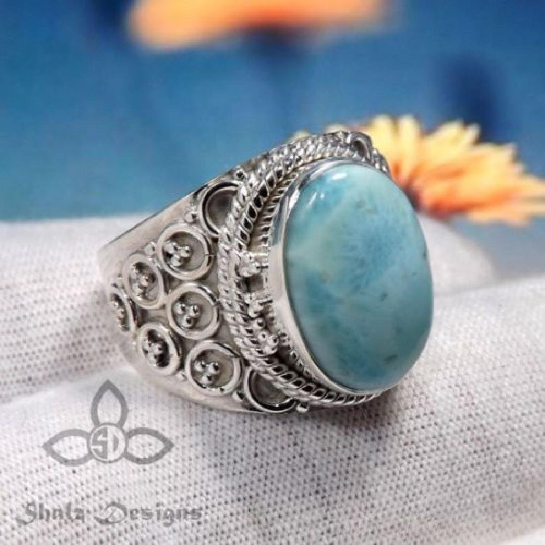 Beautiful Blue Moonstone Ring 925 silver Size 7