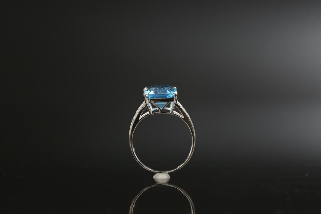 Certified-Swiss blue Topaz ring with 18K white gold - 6