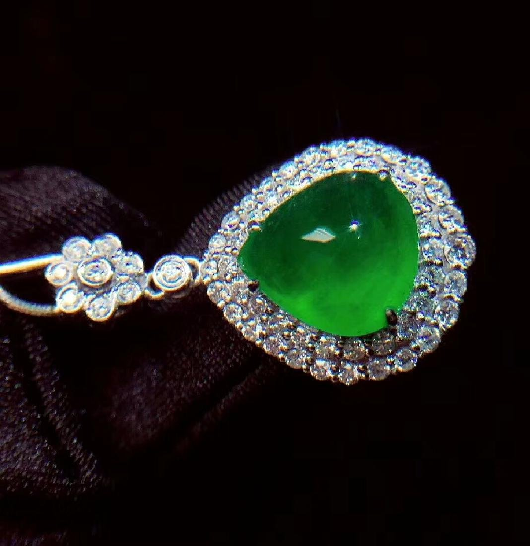 6.1ct Emerald Pendant in 18kt White Gold - 5