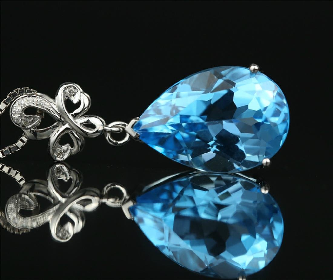 Certified-Swiss blue topaz pendant 7.2ct. With 18K - 3