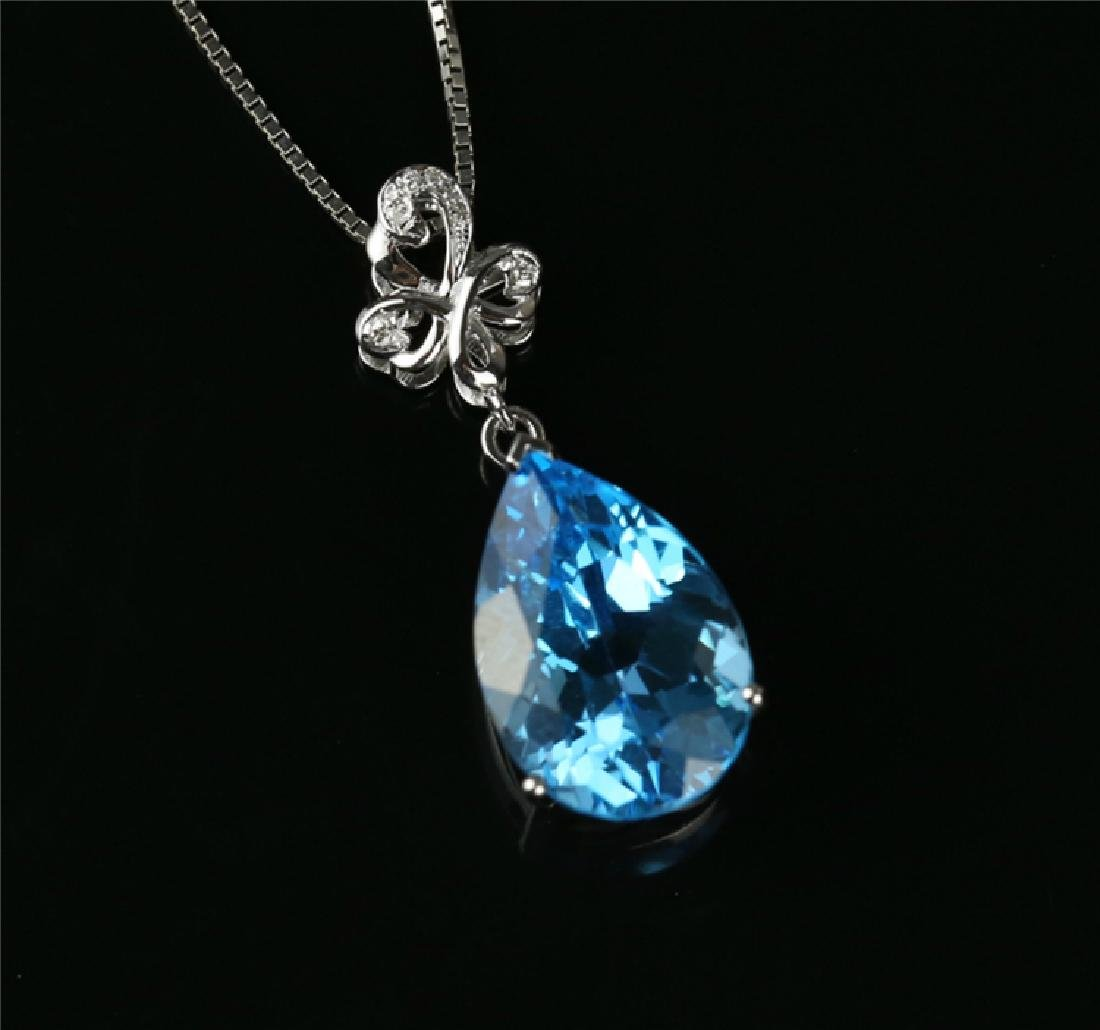 Certified-Swiss blue topaz pendant 7.2ct. With 18K - 5