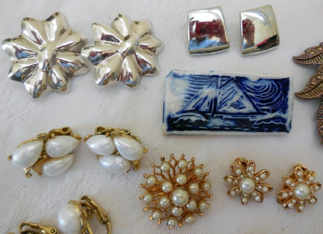 Lot of Antique and Mid-Century Costume Jewelry - 9