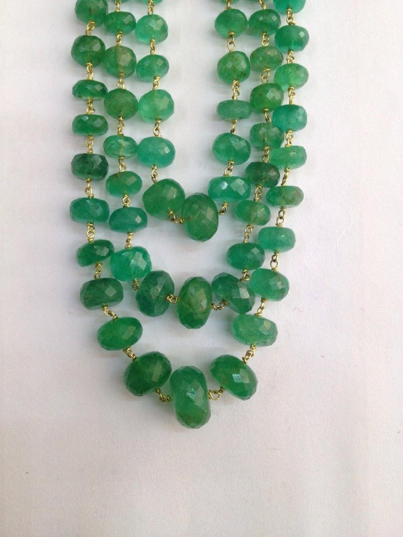COLOMBIAN EMERALD THREE LINE 18 KT GOLD NECKLACES - 3