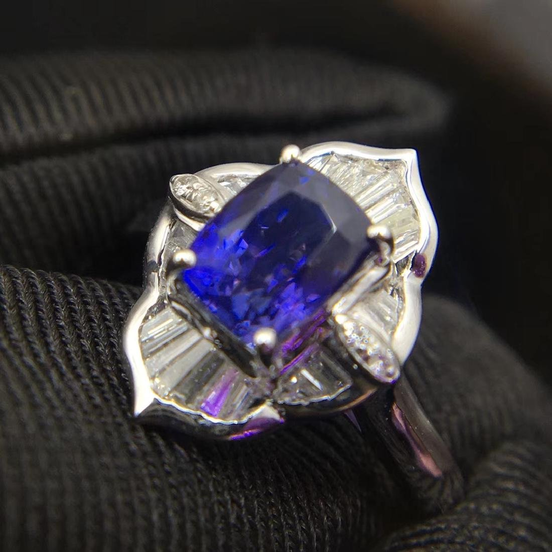 1.52ct Sapphire Ring in 18kt white Gold - 2
