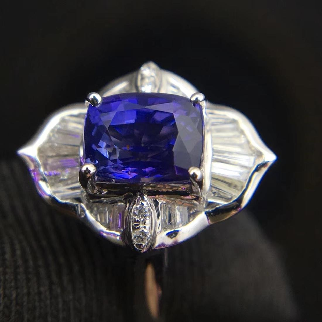 1.52ct Sapphire Ring in 18kt white Gold - 4