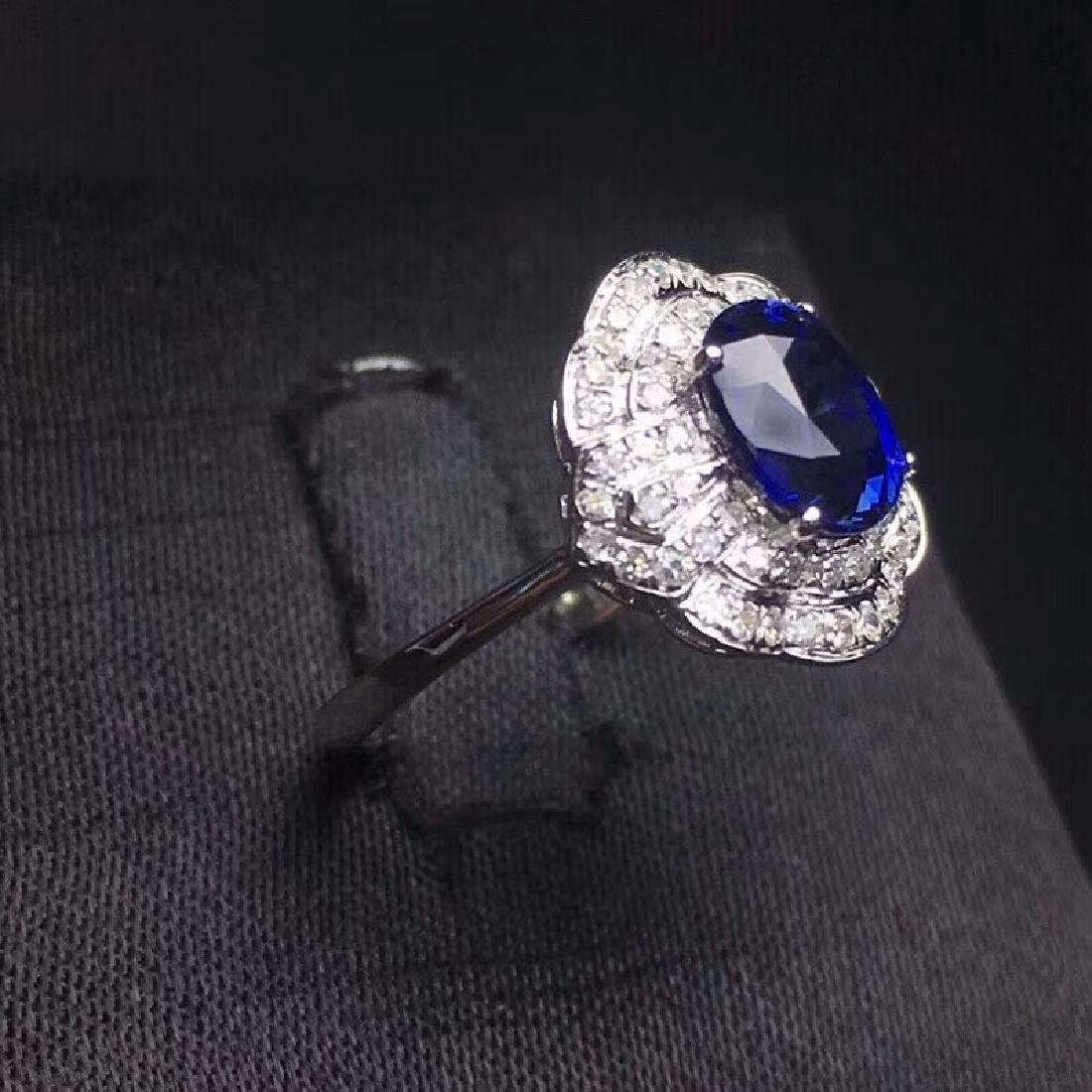 2.14 CTW Sapphire & VS Diamond Ring 18K - 4