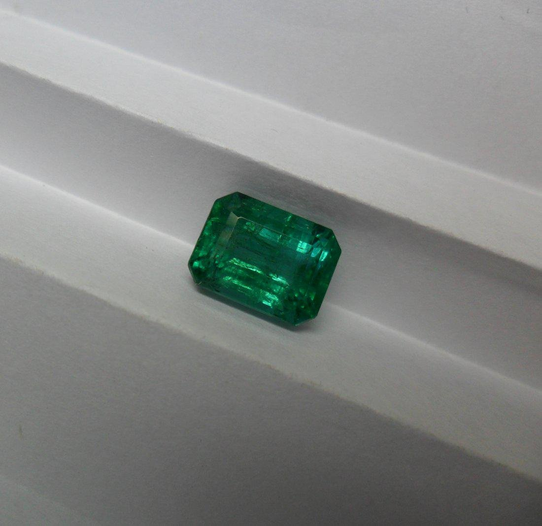 LOOSE STONE 4.90 CTS NATURAL EMERALD - 6