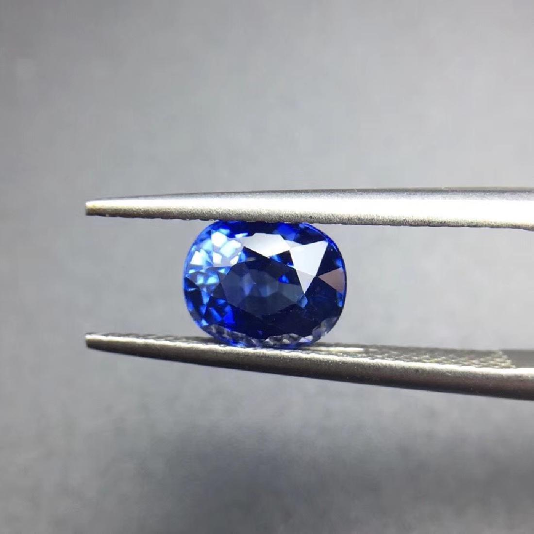 1.85 ct Sapphire 7.4*6.0*4.4 mm Oval Cut