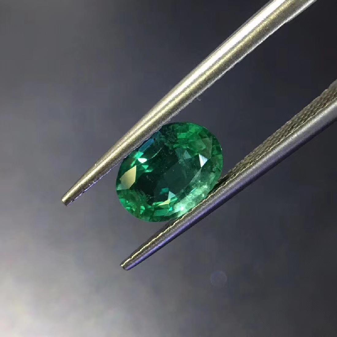 1.28 ct Emerald 6.0*8.1 mm Oval Cut - 3