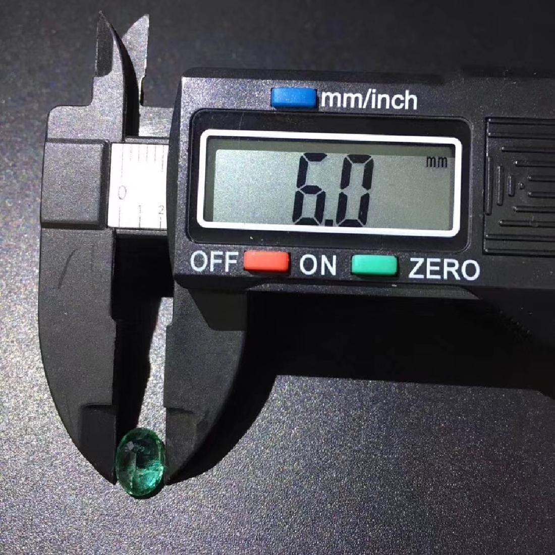 1.28 ct Emerald 6.0*8.1 mm Oval Cut - 5