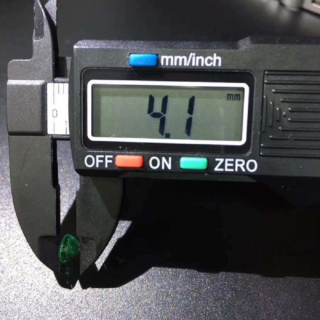 1.28 ct Emerald 6.0*8.1 mm Oval Cut - 7