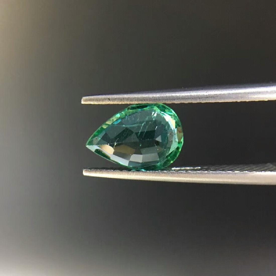 1.57 ct Emerald 6.8*9.6*4.0 mm Pear Cut - 3