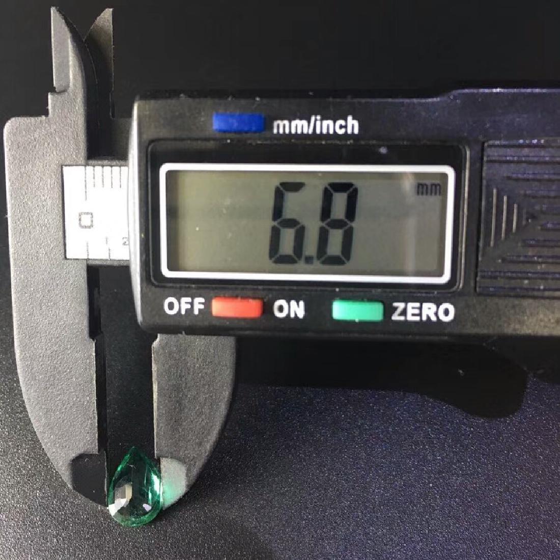 1.57 ct Emerald 6.8*9.6*4.0 mm Pear Cut - 4
