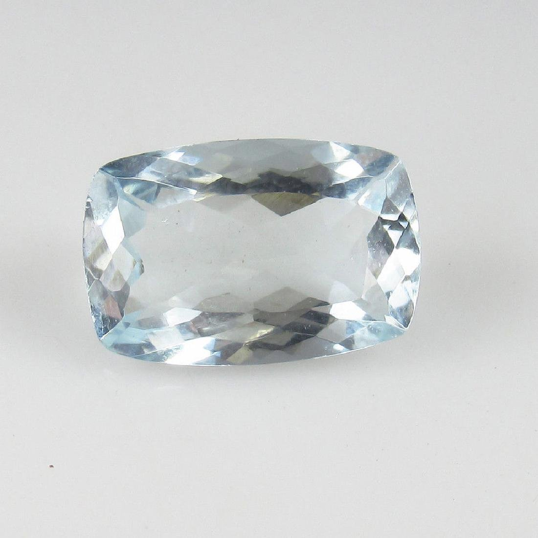 Certified 3.73 Ct Genuine Cushion cut Aquamarine Top