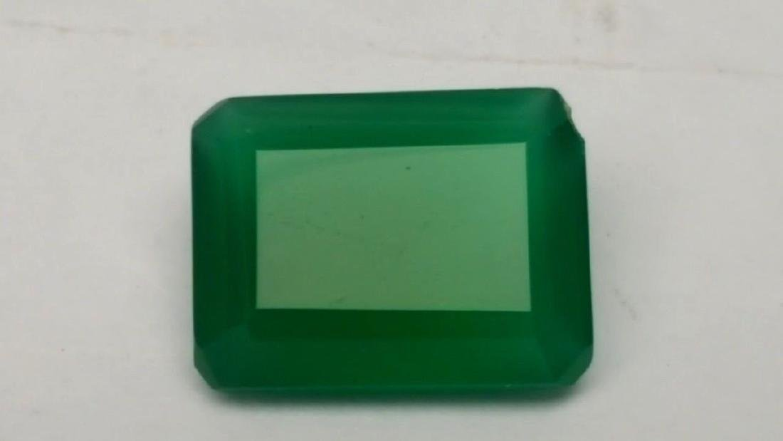 9 CARATS NATURAL GREEN CHALCEDONY - 3