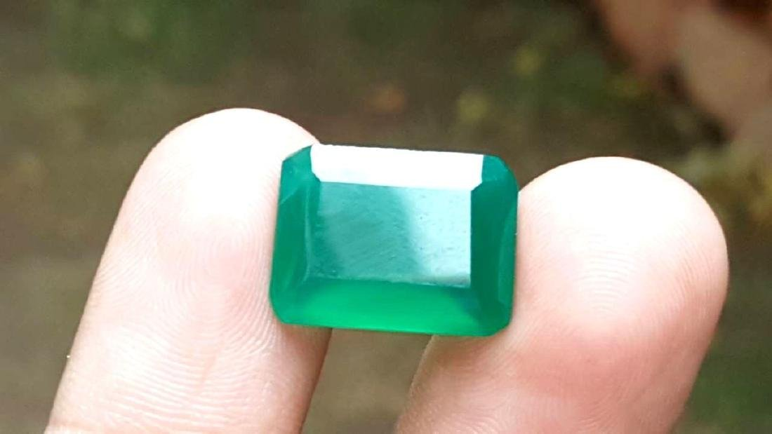 9 CARATS NATURAL GREEN CHALCEDONY - 4