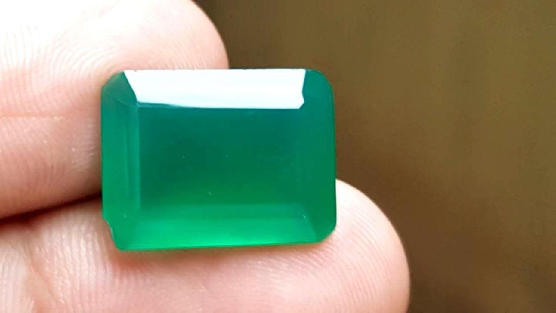 9 CARATS NATURAL GREEN CHALCEDONY - 5