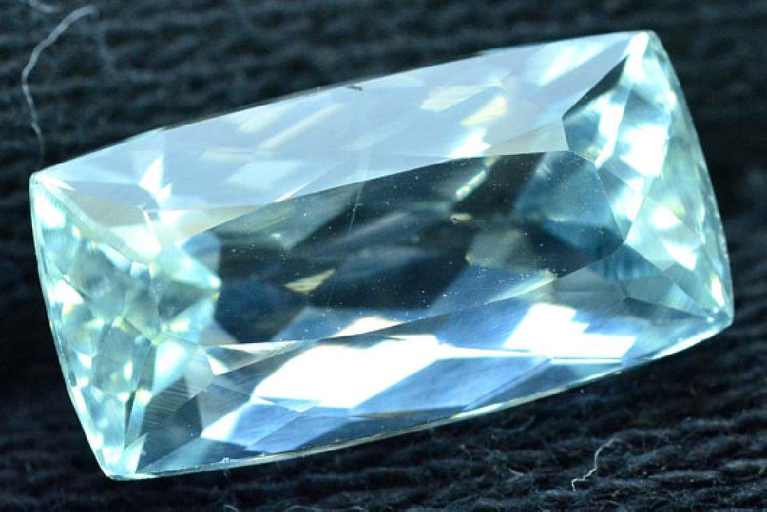 6.35 cts Untreated Aquamarine Gemstone from Pakistan - 3