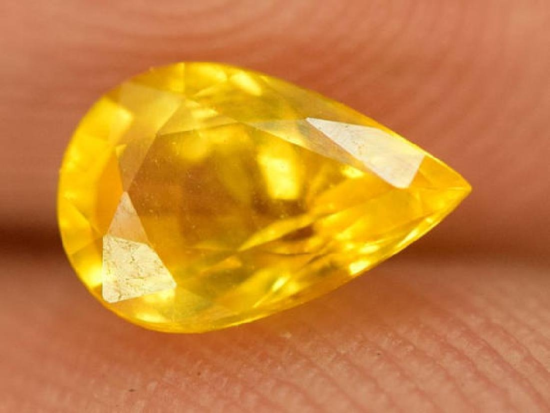 0.90 carats Very Beautiful Yellow Sapphire Loose - 3
