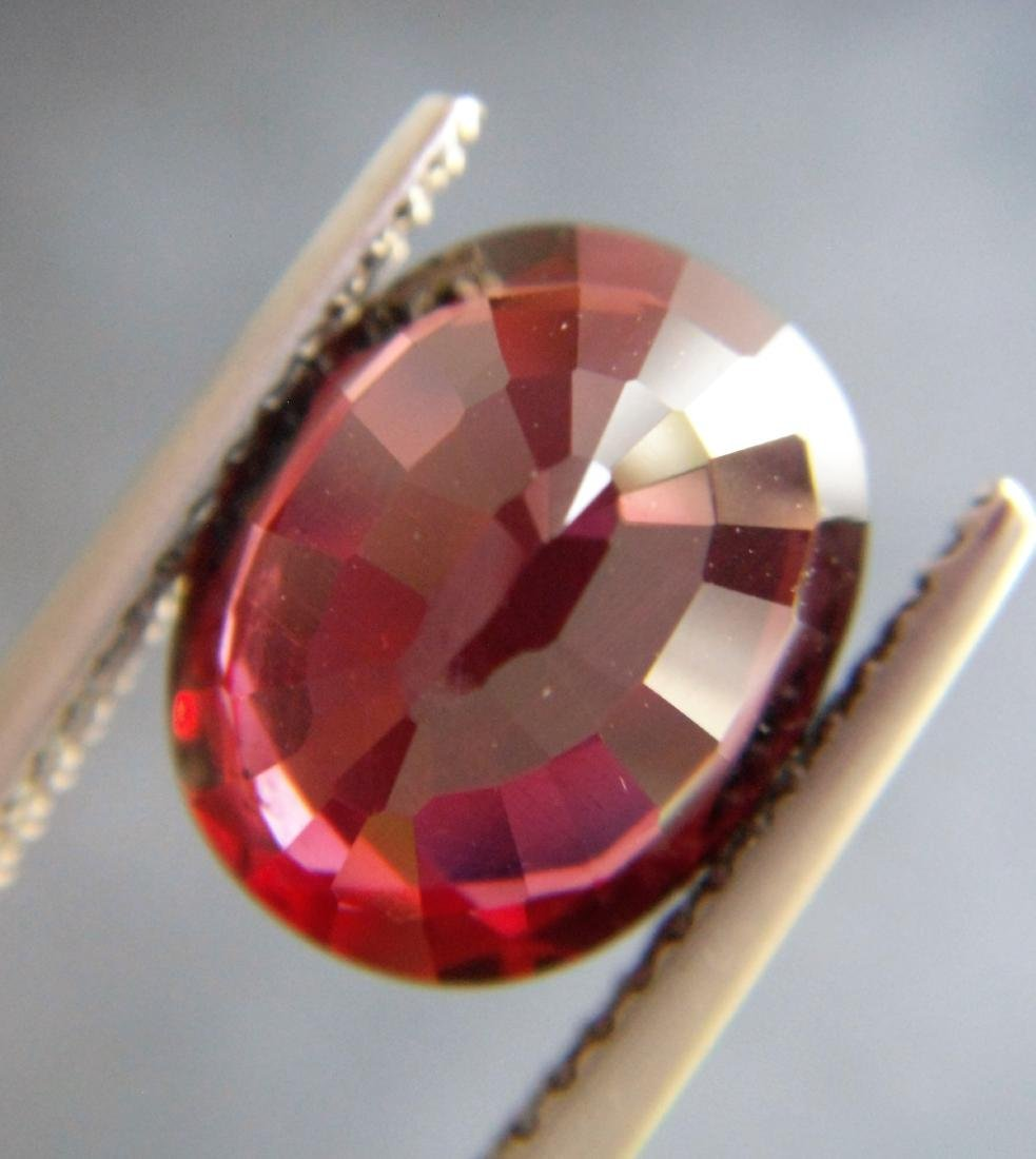 Rhodolite Garnet - 4.94 ct - 3