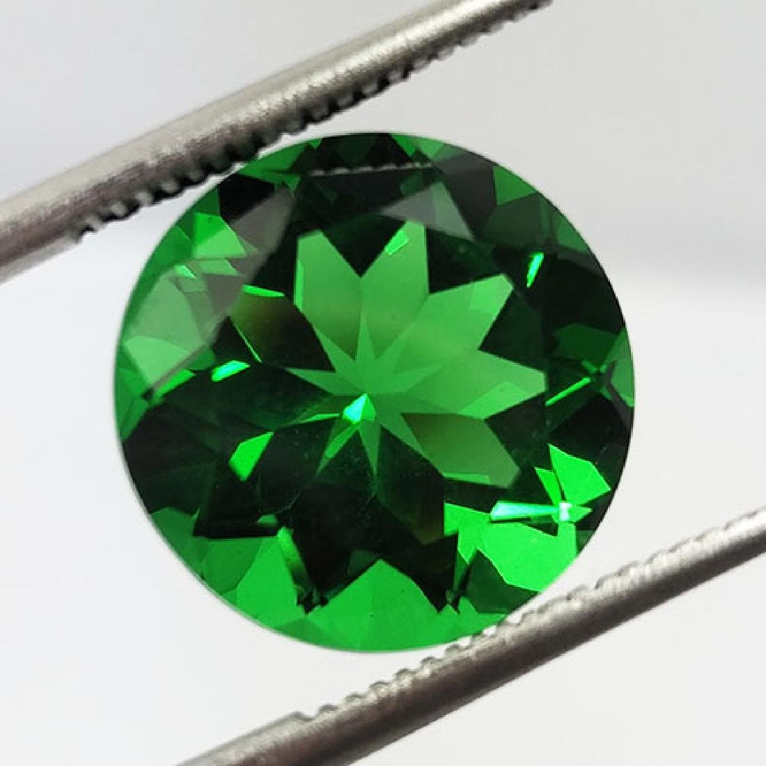 5.80CTS-SUPER-TOP-LUSTER-GREEN-NATURAL-MOLDAVITE-ROUND