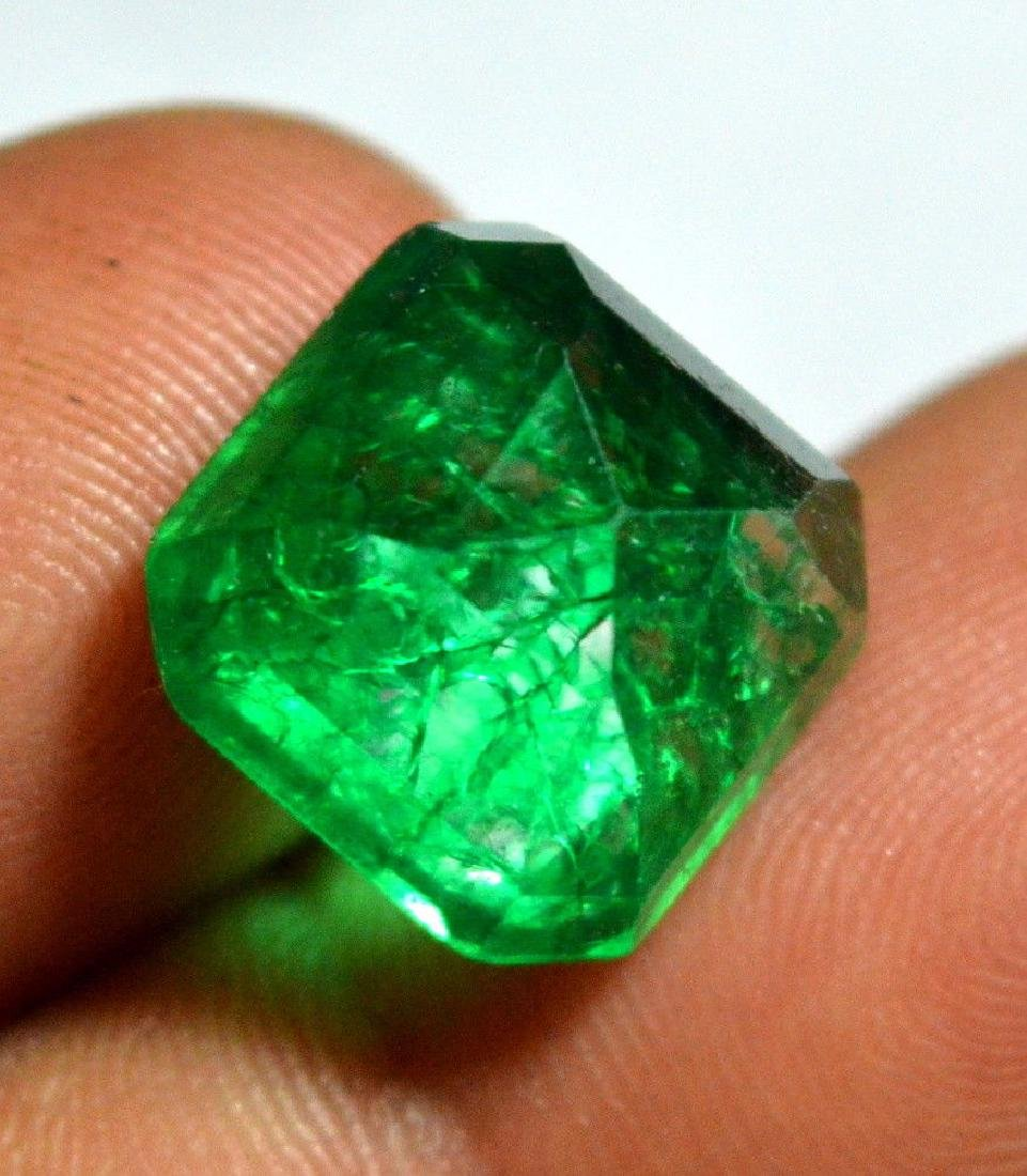 10.55 Ct Natural Green Emerald Colombian - 3
