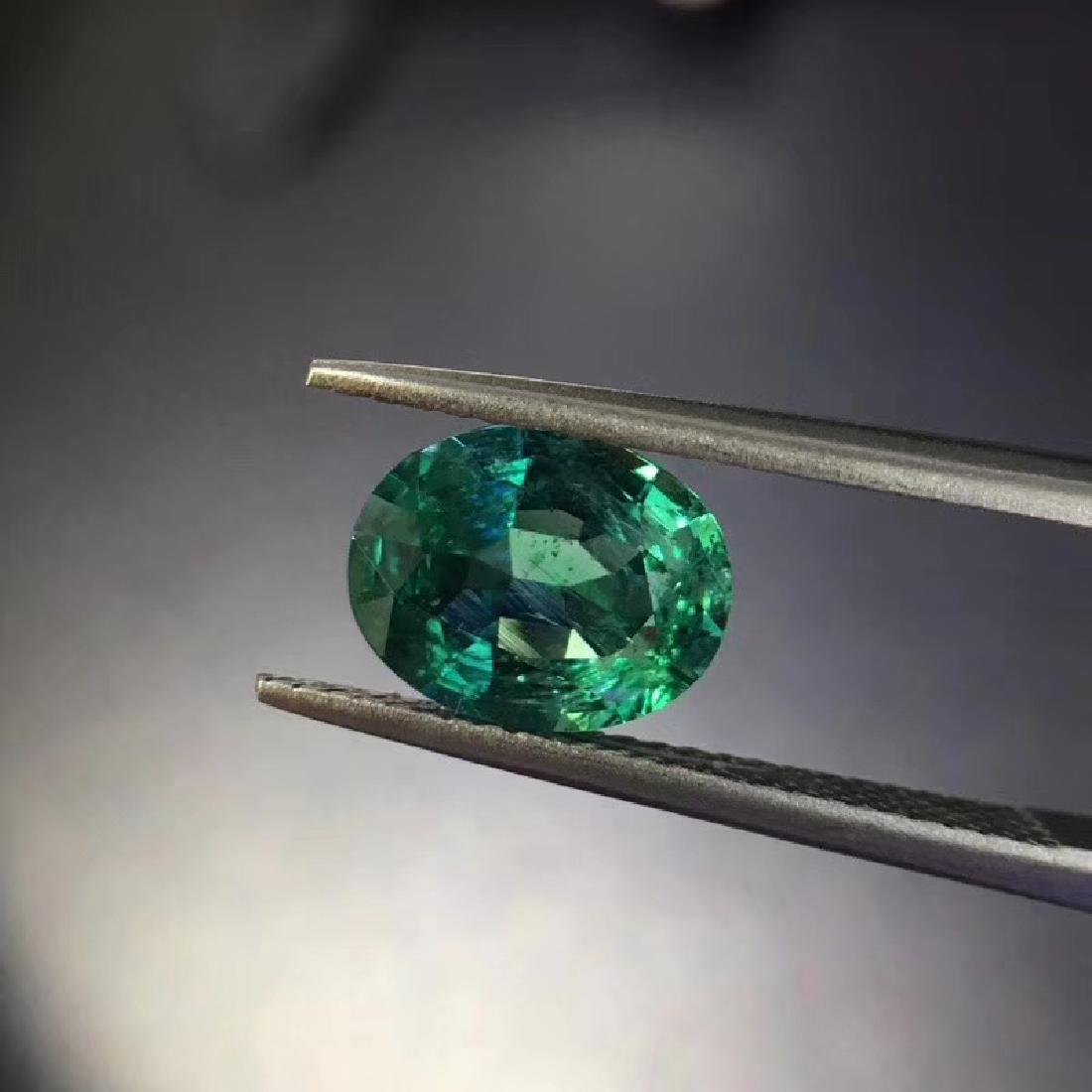 2.04 ct Emerald 7.4*9.4*4.7 mm Oval Cut
