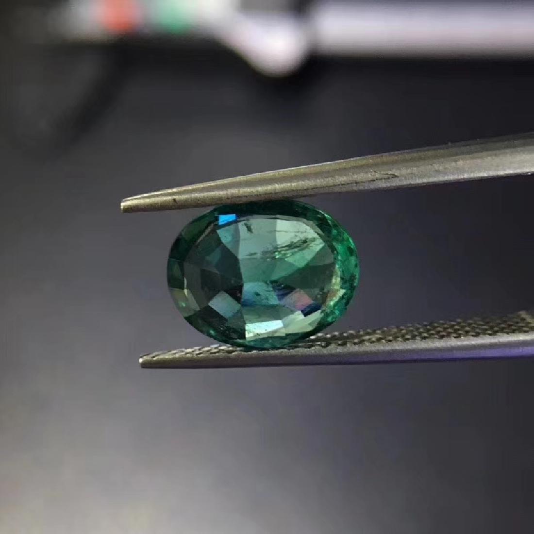 2.04 ct Emerald 7.4*9.4*4.7 mm Oval Cut - 4
