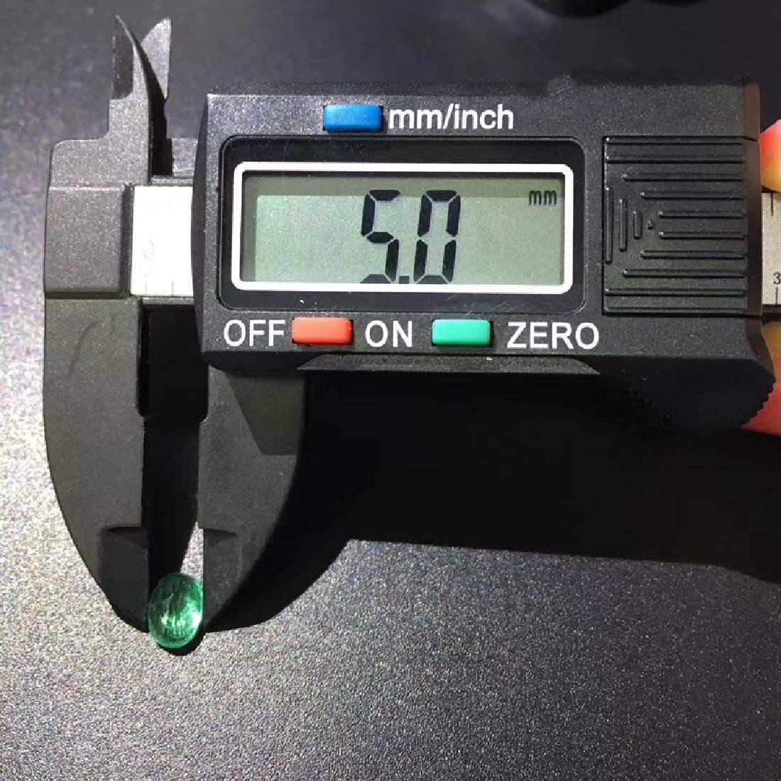 1.06 ct Emerald 5.0*6.9*4.2 mm Oval Cut - 5