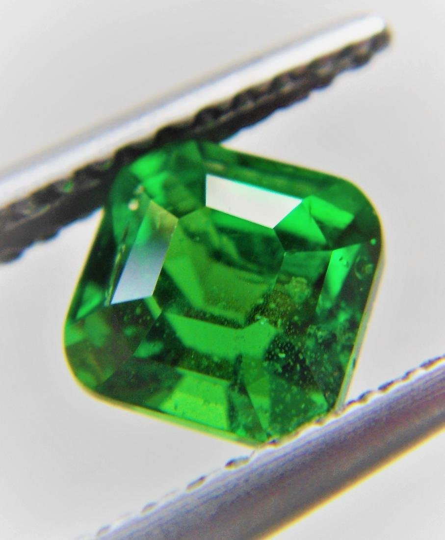 Tsavorite Green Garnet Certified - 1.09 ct - 4
