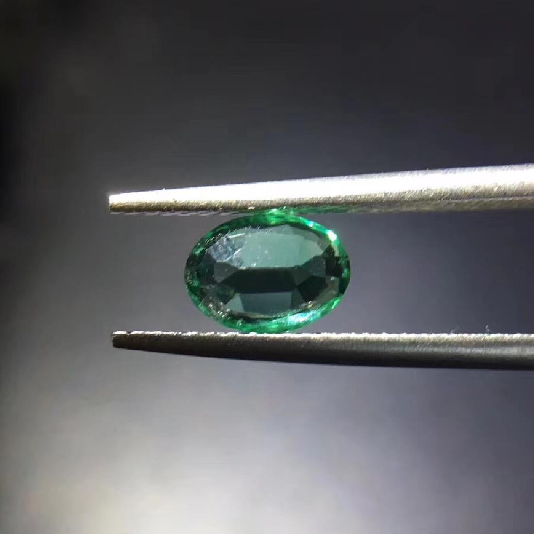 0.73 ct Emerald 5.0*7.0*2.9 mm Oval Cut - 4